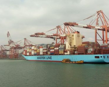 maersk, container ship